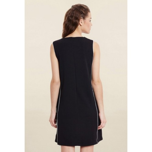 Miss Chase Black Loose Fit Dress