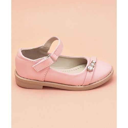 Cute Walk by Babyhug Pink Bellies Diamond Stud Embellishment
