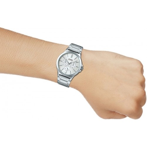 Casio A1174 Round Stainless Steel Chronograph Watch