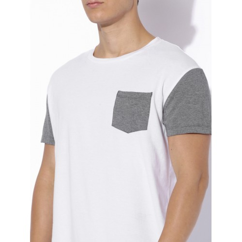Aeropostale White Solid Regular Fit Round Neck T-Shirt