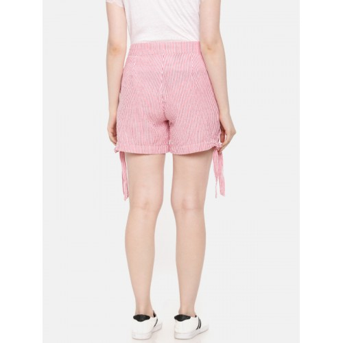 Elle Women Red Striped Regular Fit Regular Shorts
