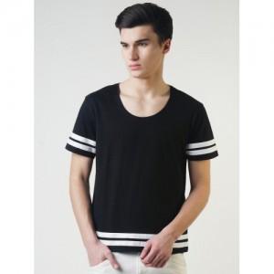Blue Saint Men Black Striped Scoop Neck T-shirt