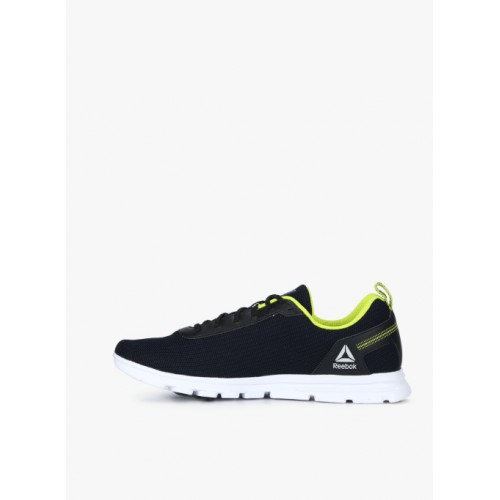 13abc02c322 Buy Reebok Sweep Runner Navy Blue Running Shoes online