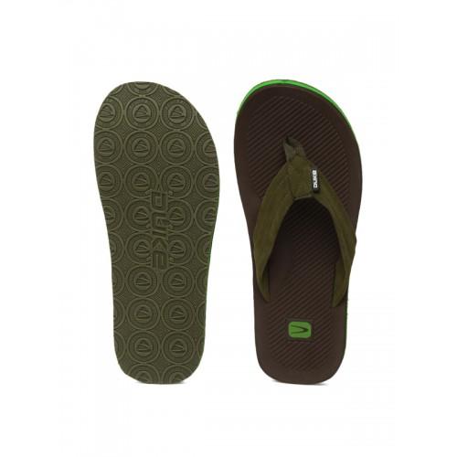 Duke Men Green & Brown Flip-Flops