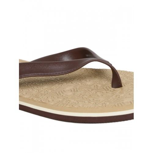 Flipside Men Brown Textured Flip-Flops