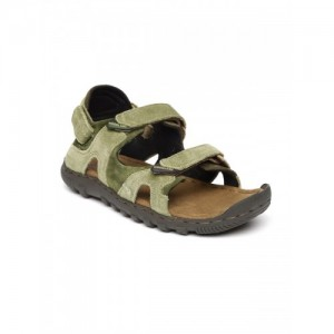 3585834ab Buy latest Men s Sandals   Floaters Between ₹1500 and ₹2750 online ...