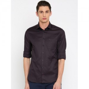 Tommy Hilfiger Men Brown Tailored Fit Self Design Casual Shirt