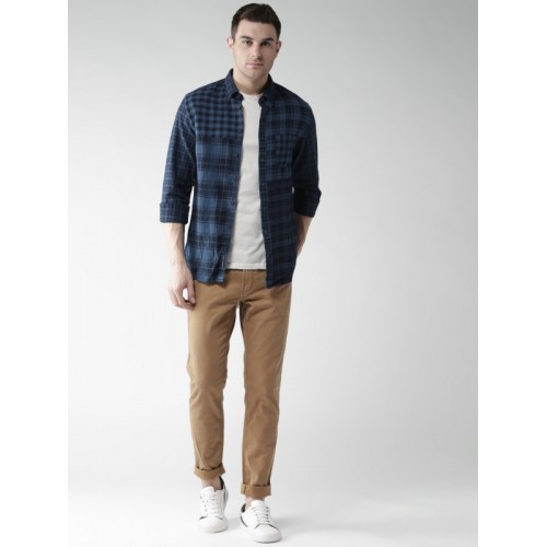 Tommy Hilfiger Men Blue Slim Fit Checked Casual Shirt