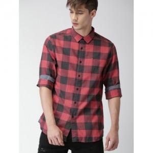 Tommy Hilfiger Men Red & Grey Original Regular Fit Checked Casual Shirt