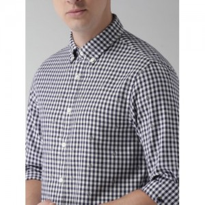 Tommy Hilfiger Men White & Navy Blue Slim Fit Checked Casual Shirt