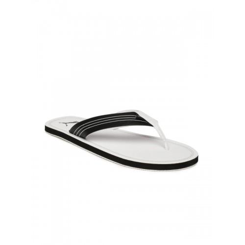 0ce97c6e3143 Buy Puma Men White Solid Thong Flip-Flops online