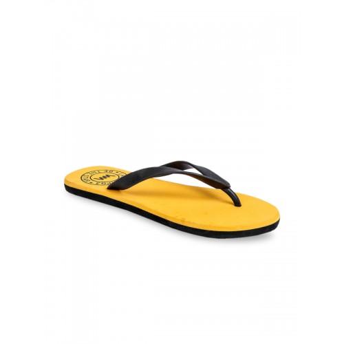 b7e713cd8a7f Buy Lawman pg3 Men Yellow Solid Thong Flip-Flops online