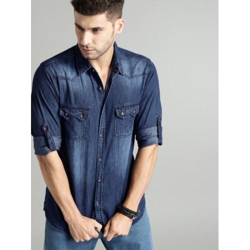 9d215c4bd9c ... Roadster Time Travlr Men Blue Regular Fit Faded Denim Casual Shirt ...