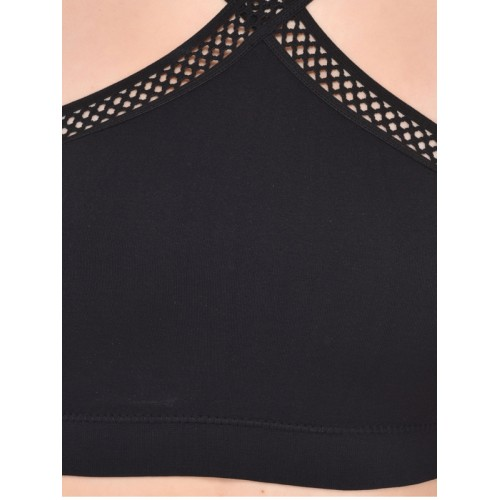 PrettyCat Black Solid Non-Wired Lightly Padded Bralette Bra