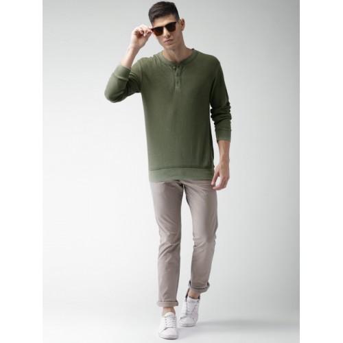 Celio Men Olive Green Solid Henley Neck T-shirt