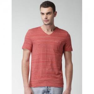 Celio Men Red Solid V-Neck T-Shirt