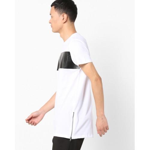 7cd10d77 Buy AJIO Crew-Neck Slim Fit T-shirt with Side Zip online | Looksgud.in