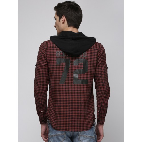 Ecko Unltd Men Red & Black Slim Fit Checked Casual Shirt