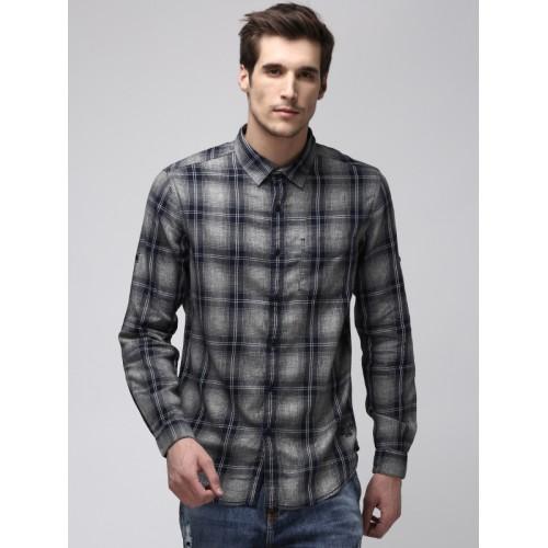 Ecko Unltd Men Grey & Navy Blue Slim Fit Checked Casual Shirt
