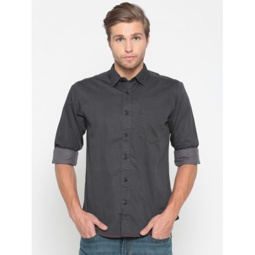 Pepe Jeans Men Charcoal Black Regular Fit Checked Casual Shirt