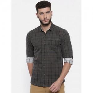 Wrangler Men Charcoal Grey Slim Fit Checked Casual Shirt