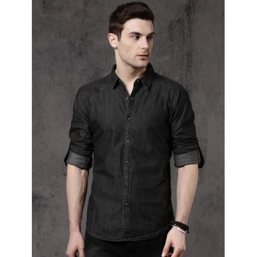 6383108a10 Buy Roadster Men Black Regular Fit Solid Casual Shirt online ...