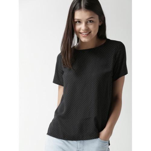 fa466829046 Buy FOREVER 21 Women Black Printed High-Low Top online   Looksgud.in