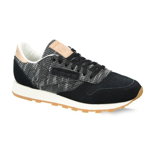 812b72f927ba8 Buy MEN S REEBOK CLASSICS CLASSIC LEATHER EBK SHOES online