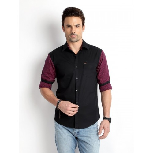 Rodid Black Cotton Solid Casual Spread Collar Shirt