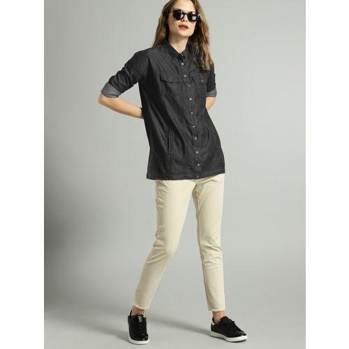 Roadster Black Faded Regular Fit Shirt