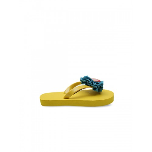Dchica Peppa Pig Girls Yellow & Blue Embellished Thong Flip-Flops