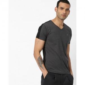 Pepe Jeans Men Charcoal Grey & Black Colourblocked V-Neck T-shirt