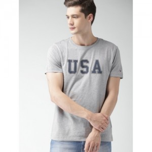 15bac9975858 Buy latest Men s T-shirts from Tommy Hilfiger On Jabong online in ...
