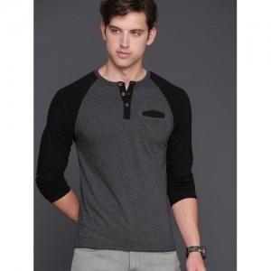 WROGN Men Charcoal Grey Solid Henley Neck T-shirt