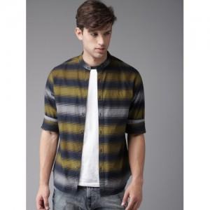 HERE&NOW Men Mustard Yellow & Navy Blue Regular Fit Striped Casual Shirt