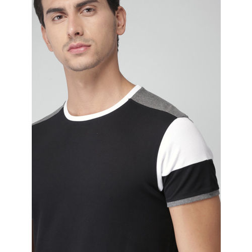 INVICTUS Men Black Solid Slim Fit T-shirt