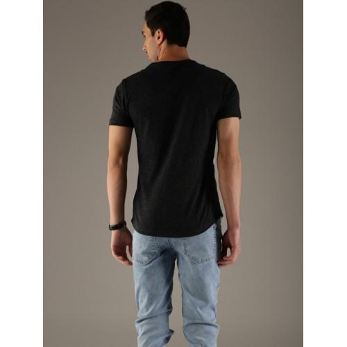 Flying Machine Men Black & Off-White Printed Round Neck T-shirt