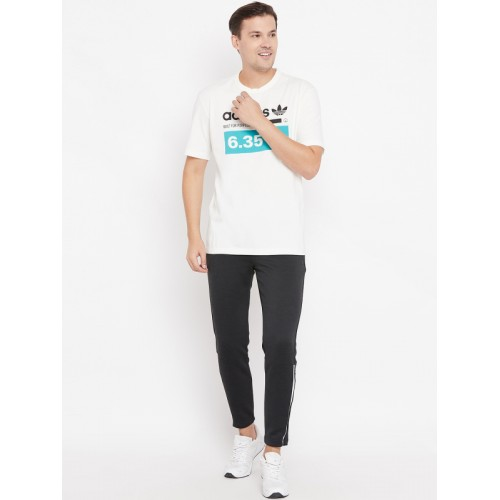 Adidas Originals Men White Printed Kaval GRP T-shirt