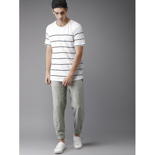 Moda Rapido Men White & Black Striped Round Neck T-shirt