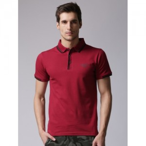 YWC Men Maroon Solid Polo Collar T-shirt