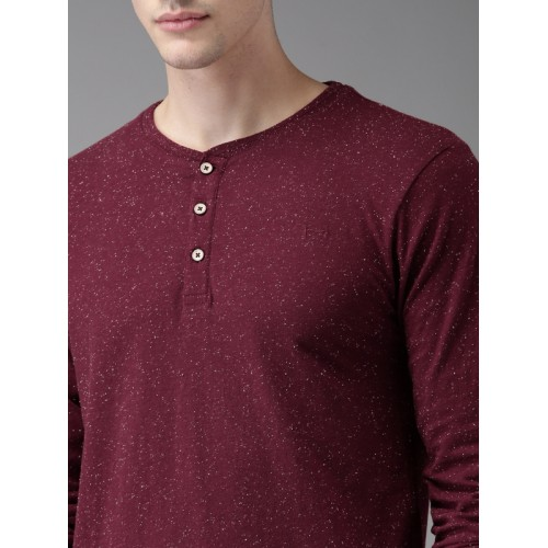 Flying Machine Men Maroon Solid Henley Neck T-shirt