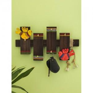ExclusiveLane Brown Hand-Painted Sheesham Wood Dhokra Key Holder
