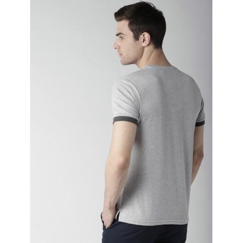 INVICTUS Men Grey Melange & White Colourblocked Round Neck T-shirt