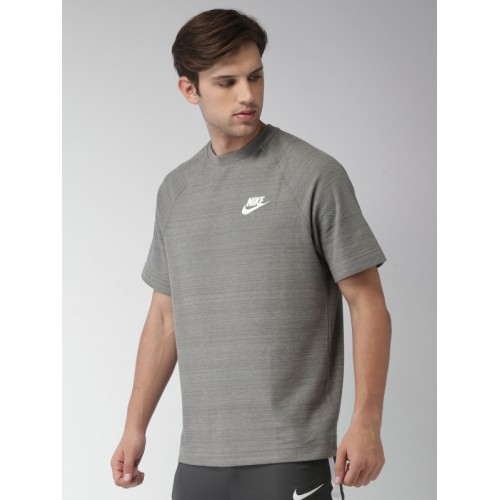 offrire sconti liquidazione a caldo brillante nella lucentezza Buy Nike Men Grey NSW ME AV15 Loose Fit T-Shirt online | Looksgud.in