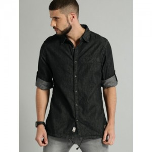 Roadster Black Cotton Regular Fit Solid Chambray Casual Shirt