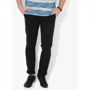 United Colors of Benetton Black Solid Slim Fit Chinos
