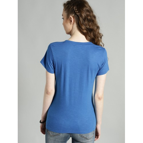 Roadster Women Blue Solid Round Neck T-shirt