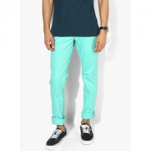 United Colors of Benetton Green Solid Slim Fit Chinos