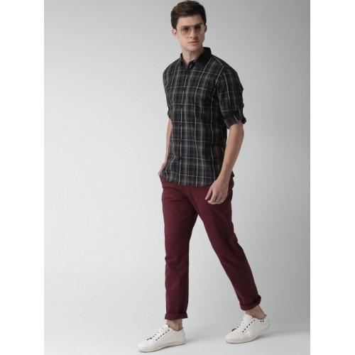 HIGHLANDER Maroon Cotton Elastane Slim Fit Solid Chinos