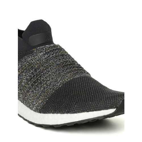 hot sale online f9cf4 61812 Buy Adidas Ultraboost Laceless Parley Blue Running Shoes ...